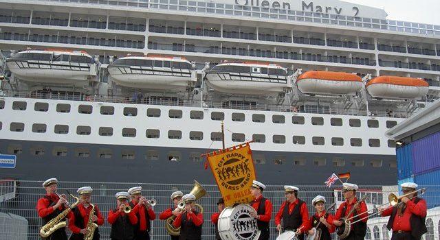 When cruising Cunard (Queen Mary 2)