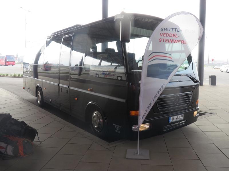 kreuzfahrtterminal steinwerder bus